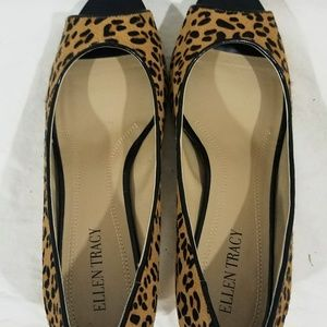 Ellen  Tracy Leopard Print Open Toe Low Heel  Sz 8